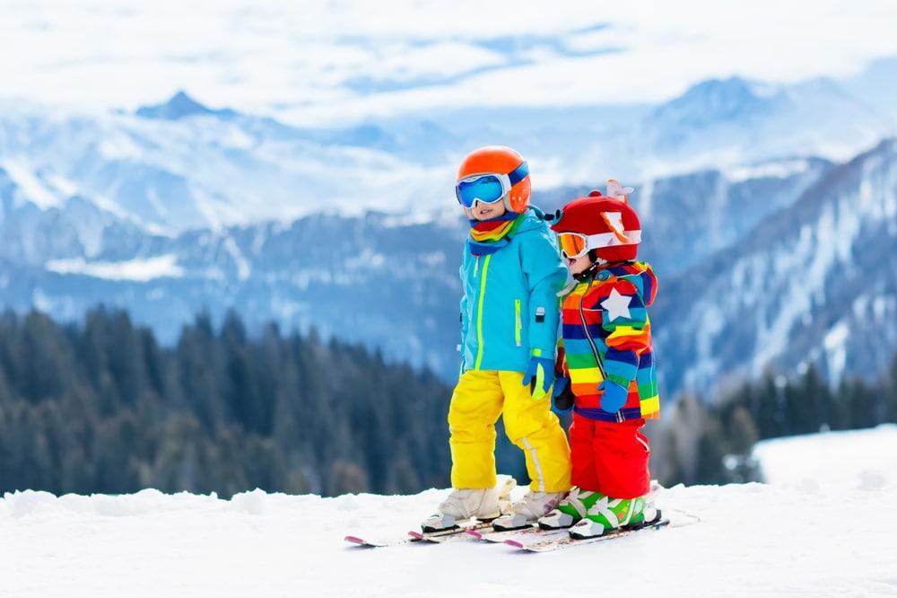 Comment bien protéger votre enfant au ski ?