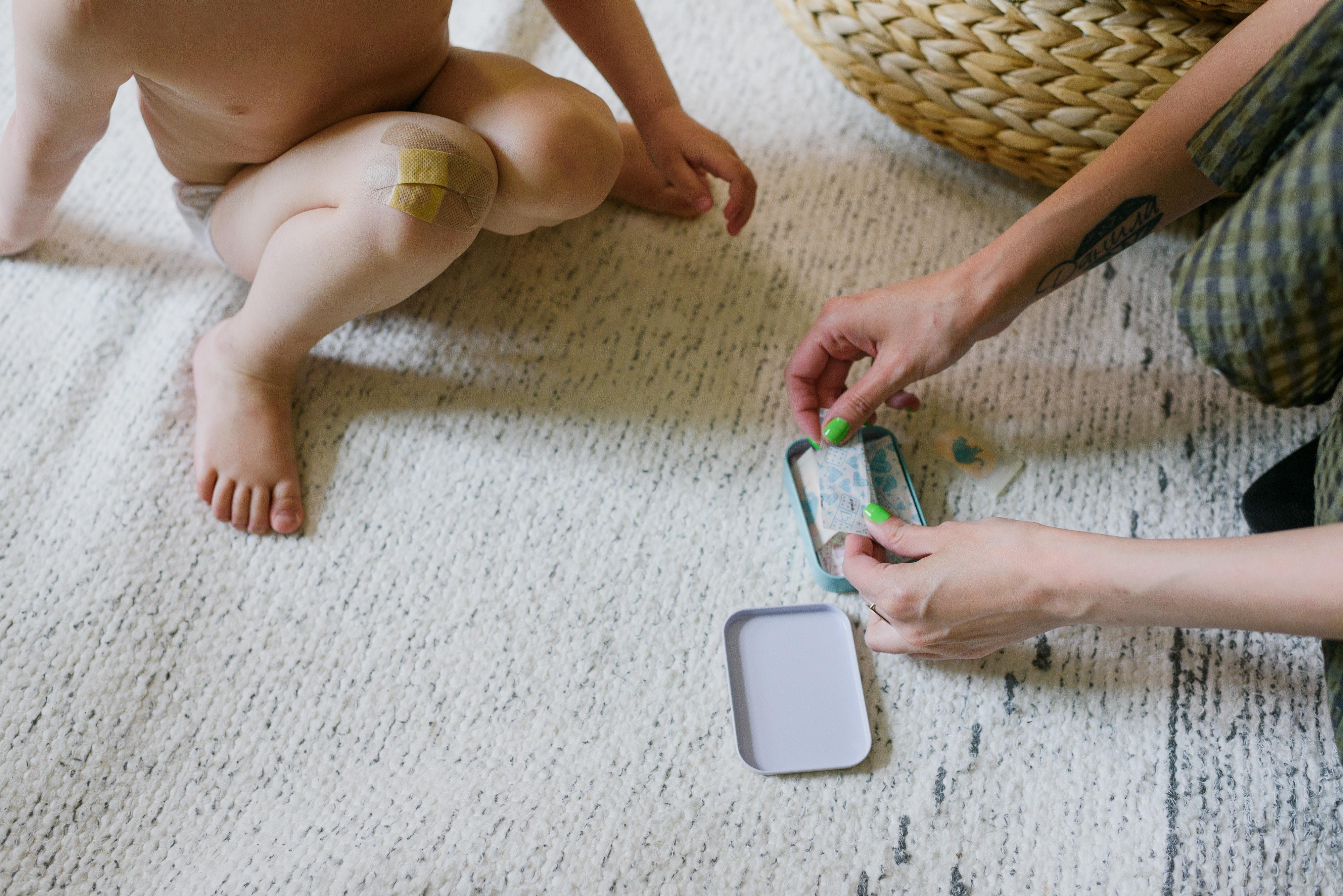 gestes qui sauvent les bébés et les enfants