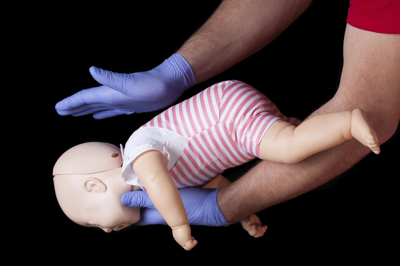 étouffement chez le bébé ou l'enfant